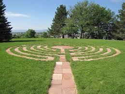 loretto-center-labyrinth